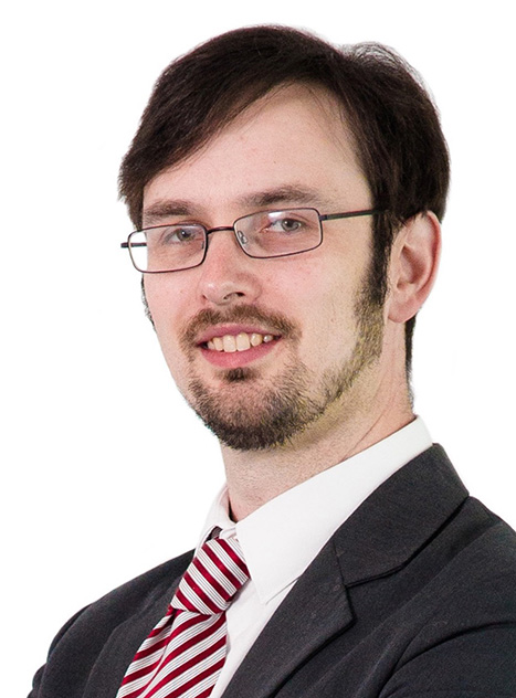 Andrew Dashwood-Begg, Senior Associate