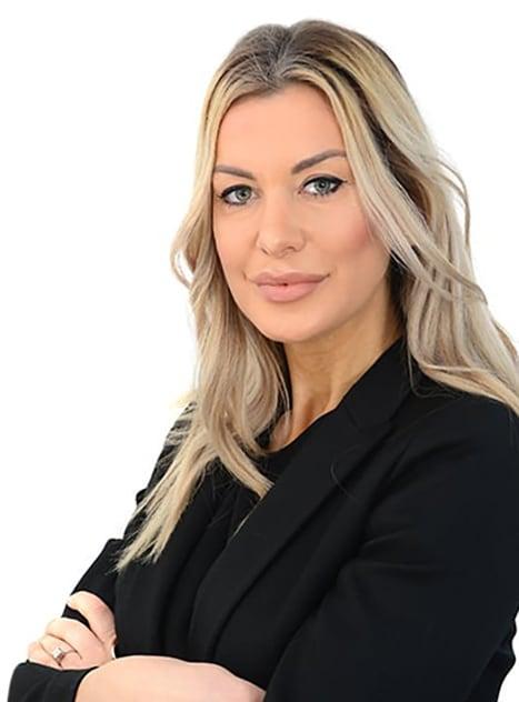Monika Holyst